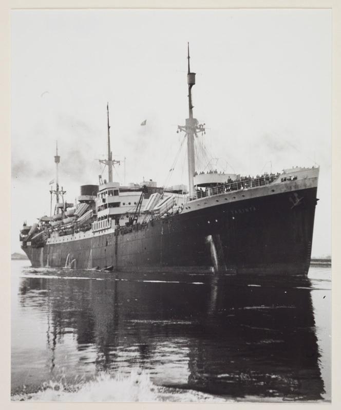 Foto van de Tabinta bij aankomst Noorzeekanaal. Bron: Maritiem Digitaal.