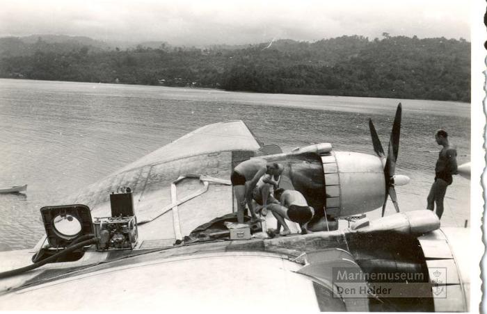 Onderhoud aan Martin PBM-5A Mariner 16-316